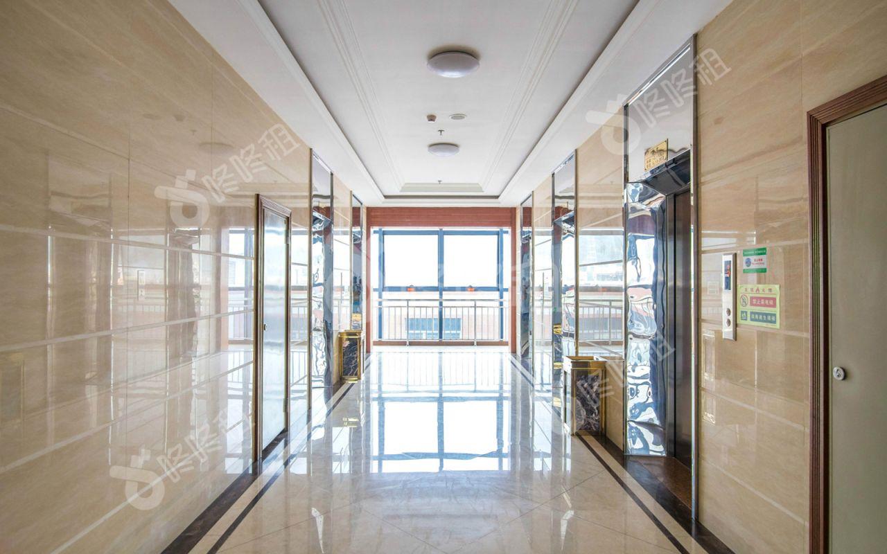 华丰国际商务大厦