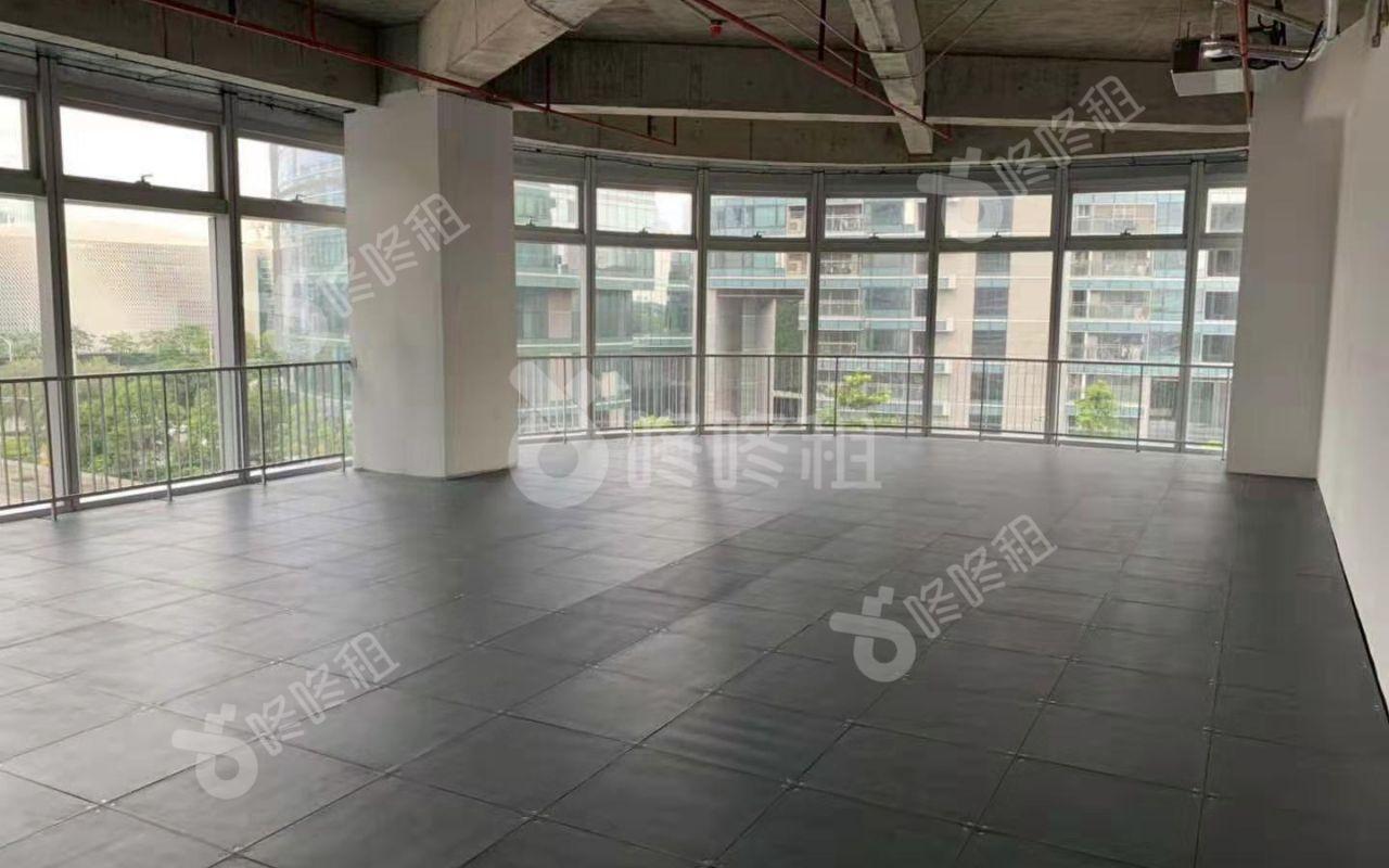 173m² · 精装 · 易尚中心