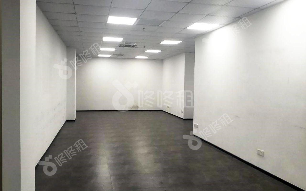 130m²